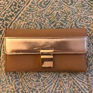 Tan wallet w/ gold detail